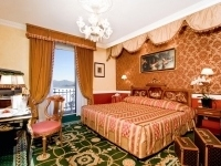 Room_Double_room_lake_view-31b1f00f1bf125845494010371a96aa8-frontend-album2